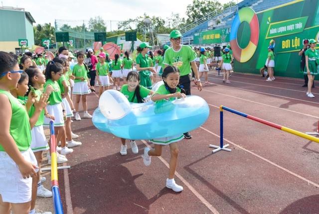 6.146 học sinh và hình ảnh ấn tượng về buổi đồng diễn đạt kỷ lục Guiness Việt Nam - 2