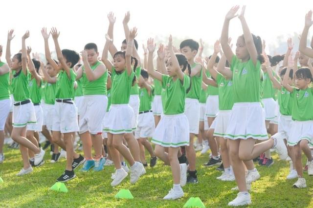 6.146 học sinh và hình ảnh ấn tượng về buổi đồng diễn đạt kỷ lục Guiness Việt Nam - 3