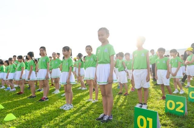 6.146 học sinh và hình ảnh ấn tượng về buổi đồng diễn đạt kỷ lục Guiness Việt Nam - 4