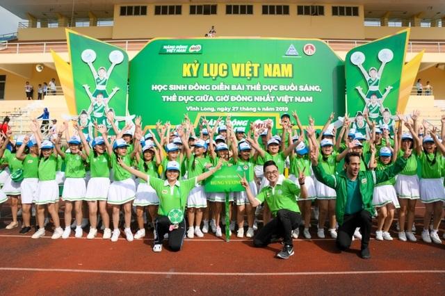 6.146 học sinh và hình ảnh ấn tượng về buổi đồng diễn đạt kỷ lục Guiness Việt Nam - 6