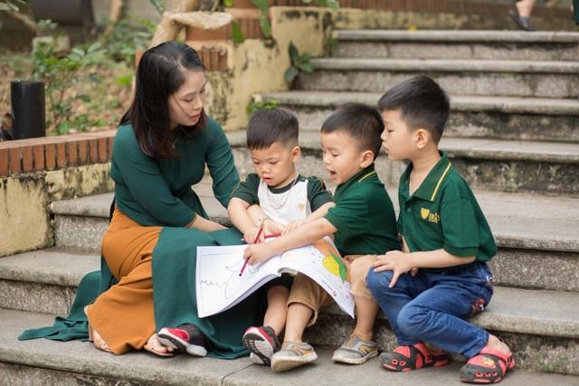 Giá trị của môi trường học cho con - 1