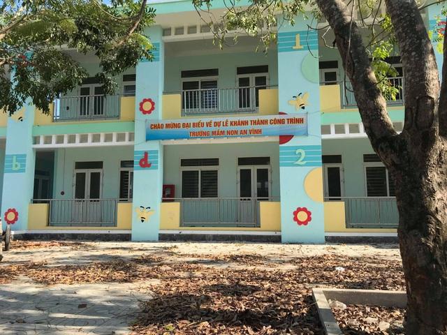 Quảng Ngãi: Trường Mầm non tiền tỷ phải đóng cửa vì thiếu giáo viên - 1