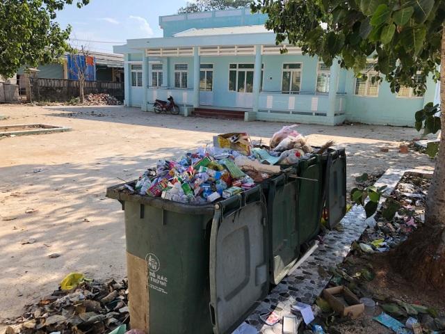 Quảng Ngãi: Trường Mầm non tiền tỷ phải đóng cửa vì thiếu giáo viên - 2