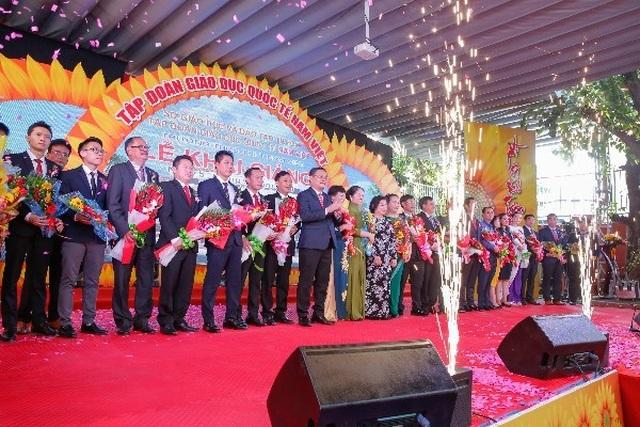 Tập đoàn giáo dục Quốc tế Nam Việt được giao chỉ tiêu tuyển sinh 850 học sinh lớp 10 - 5
