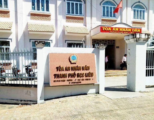 Phó giám đốc Sở Giáo dục Bạc Liêu bị giáo viên kiện đòi bồi thường danh dự - 2