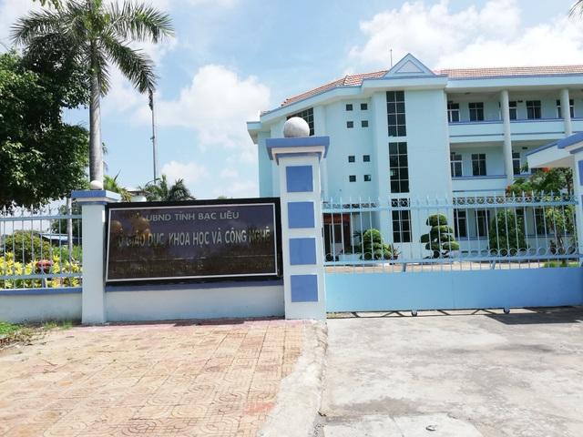 Phó giám đốc Sở Giáo dục Bạc Liêu bị giáo viên kiện đòi bồi thường danh dự - 1
