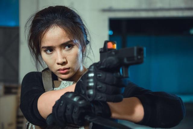 """Bella Mai bong gân, trật khớp... khi vào vai """"đả nữ"""" phim hành động - 3"""