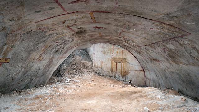 Phát hiện căn phòng bí ẩn bên trong cung điện ngầm của bạo chúa La Mã - 1