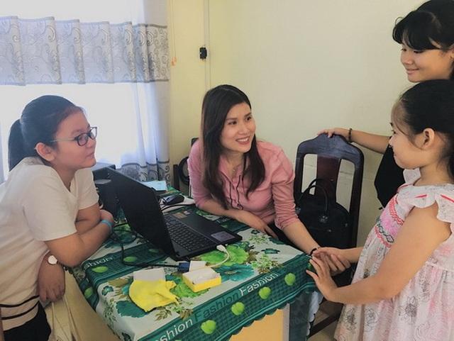 Lớp học kỹ năng sống miễn phí của cô giáo Loan - 1