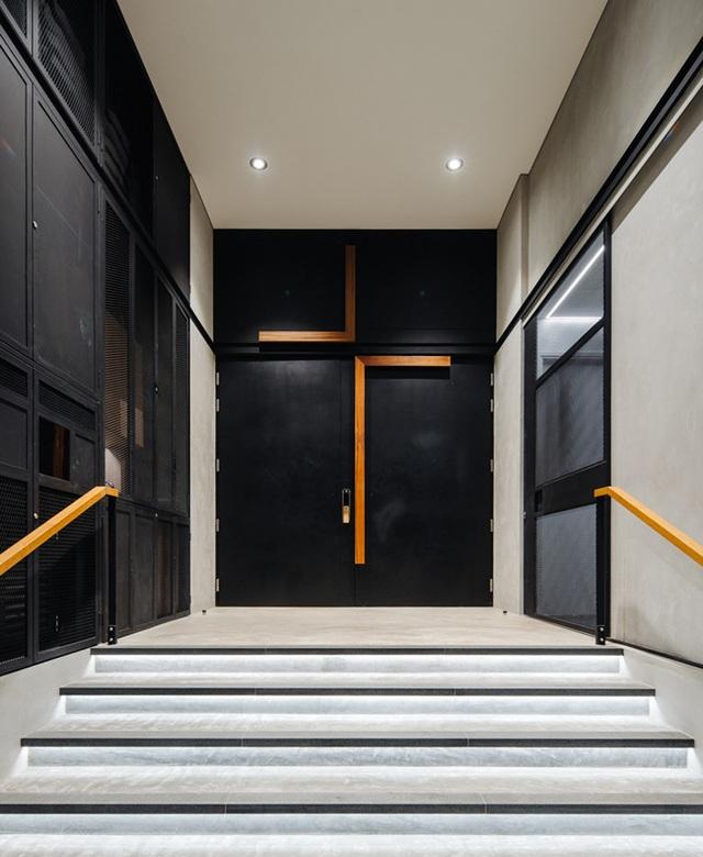 """Mất 7 năm cải tạo mới xong, căn nhà """"ruộng bậc thang"""" lột xác đẹp đến khó tin - 5"""