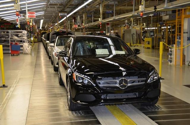 Mercedes cân nhắc dừng sản xuất mẫu C-Class tại Mỹ - 1