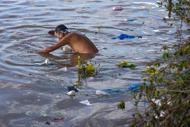 Chàng nhiếp ảnh gia đi xuyên Việt 43 ngày đêm để... chụp ảnh rác - 8