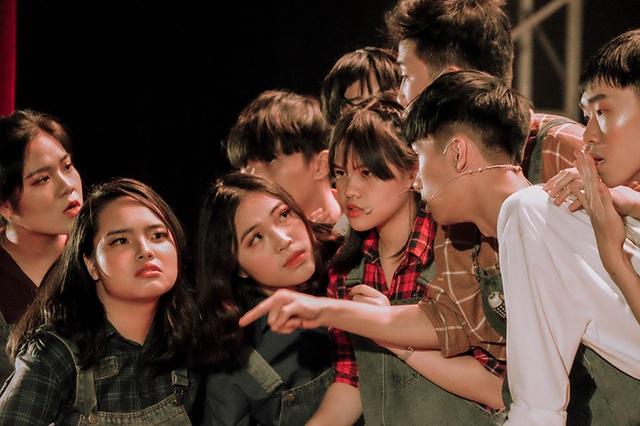 Tìm lại New York xưa với vở nhạc kịch của học sinh chuyên Ams - 5