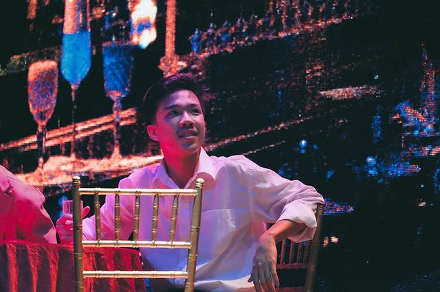 Tìm lại New York xưa với vở nhạc kịch của học sinh chuyên Ams - 8