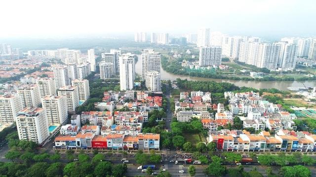 Khan hiếm nguồn cung, bất động sản Nam Sài Gòn thiết lập mặt bằng giá mới - 1