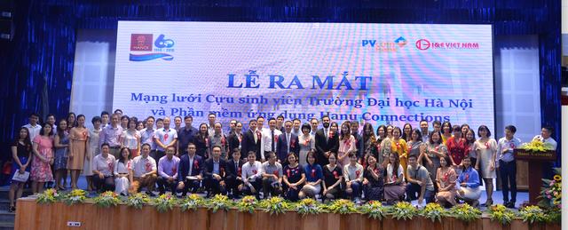 Ra mắt mạng lưới cựu sinh viên trường Đại học Hà Nội - 1