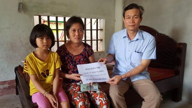 """Bạn đọc Dân trí giúp đỡ chị Thơm mắc """"bệnh hiểm"""" 35 triệu đồng - 3"""