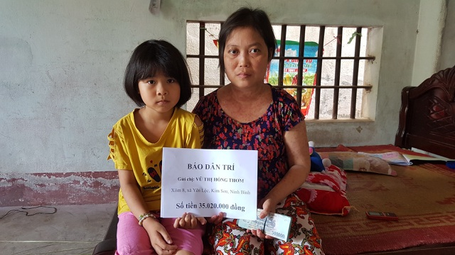"""Bạn đọc Dân trí giúp đỡ chị Thơm mắc """"bệnh hiểm"""" 35 triệu đồng - 4"""
