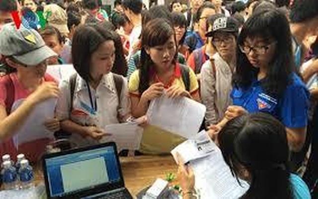 Nhu cầu tuyển dụng lao động tại TP.HCM tăng mạnh - 1