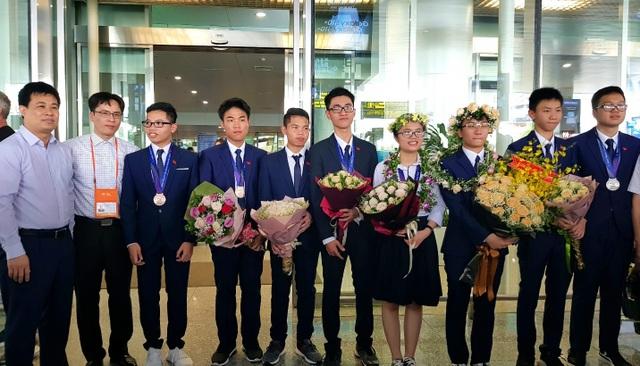 Vì sao Việt Nam chưa đoạt huy chương vàng Olympic Vật lý Châu Á 2019? - 4