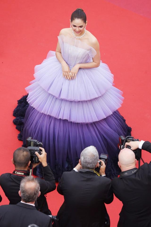 Kiều nữ hàng hiệu nổi tiếng Thái Lan Araya Hargate hút hồn tại Cannes - 10