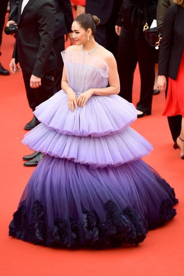 Kiều nữ hàng hiệu nổi tiếng Thái Lan Araya Hargate hút hồn tại Cannes - 9
