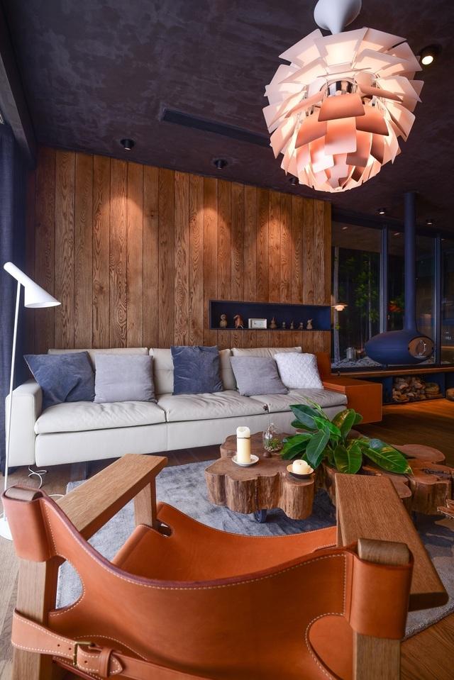 'Căn nhà gỗ giữa rừng Bắc Âu' ở Hà Nội đốn tim khách khó tính - 6
