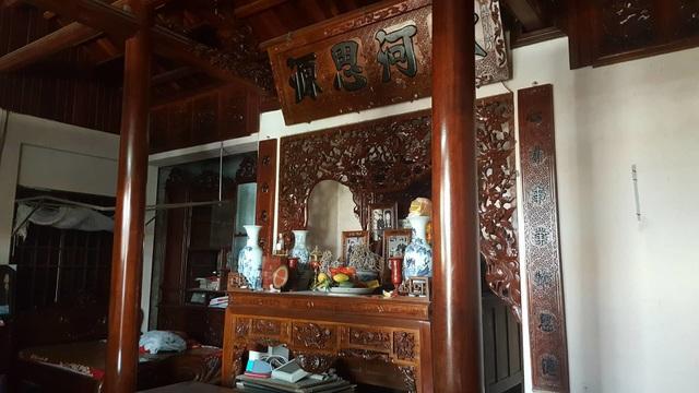 Bất ngờ trước ngôi nhà bằng gỗ lim của đại gia chân đất Hải Phòng - 9