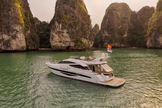 """Khám phá """"tuyệt đỉnh"""" non nước Hạ Long bằng du thuyền triệu đô FLC Albatross - 1"""
