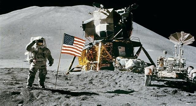 NASA sẽ đưa người quay trở lại Mặt Trăng năm 2024 - 1