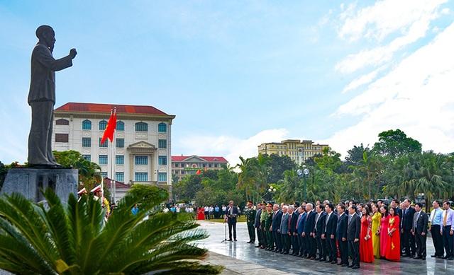 Hà Tĩnh tổ chức Lễ Báo công với Bác Hồ - 1