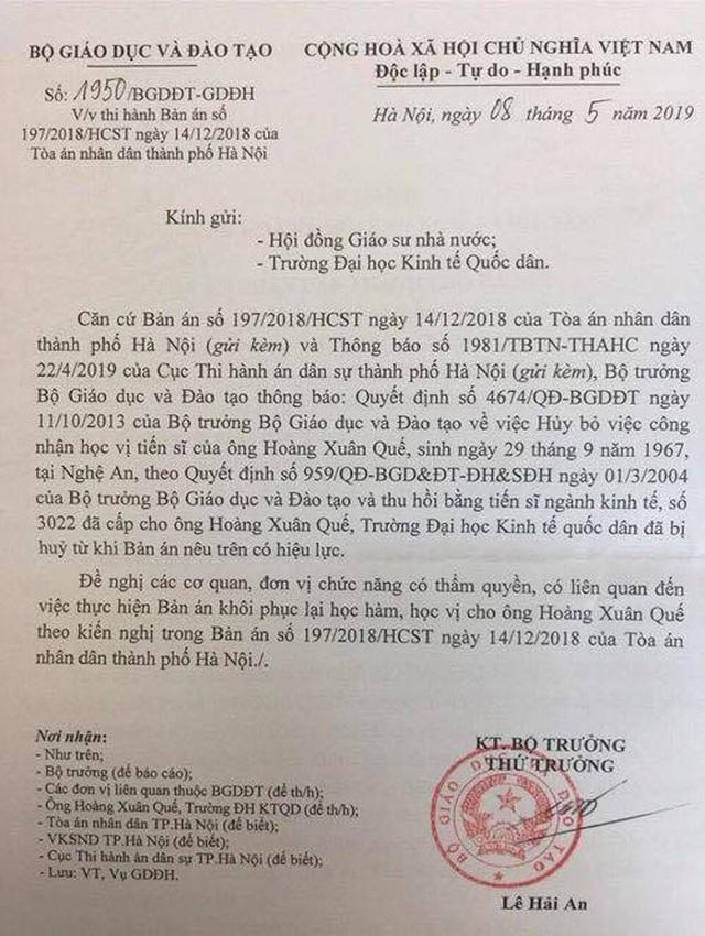 Thua kiện, Bộ Giáo dục thực hiện khôi phục học hàm, học vị cho ông Hoàng Xuân Quế - 1