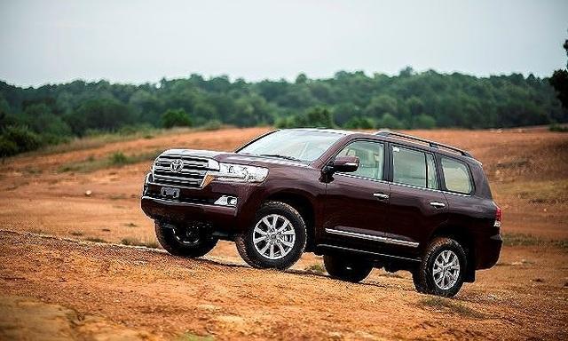 Top 5 mẫu ôtô bán chậm nhất tháng 4 tại Việt Nam - 2