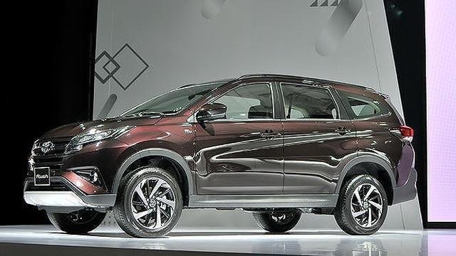 Top 5 mẫu ôtô bán chậm nhất tháng 4 tại Việt Nam - 4