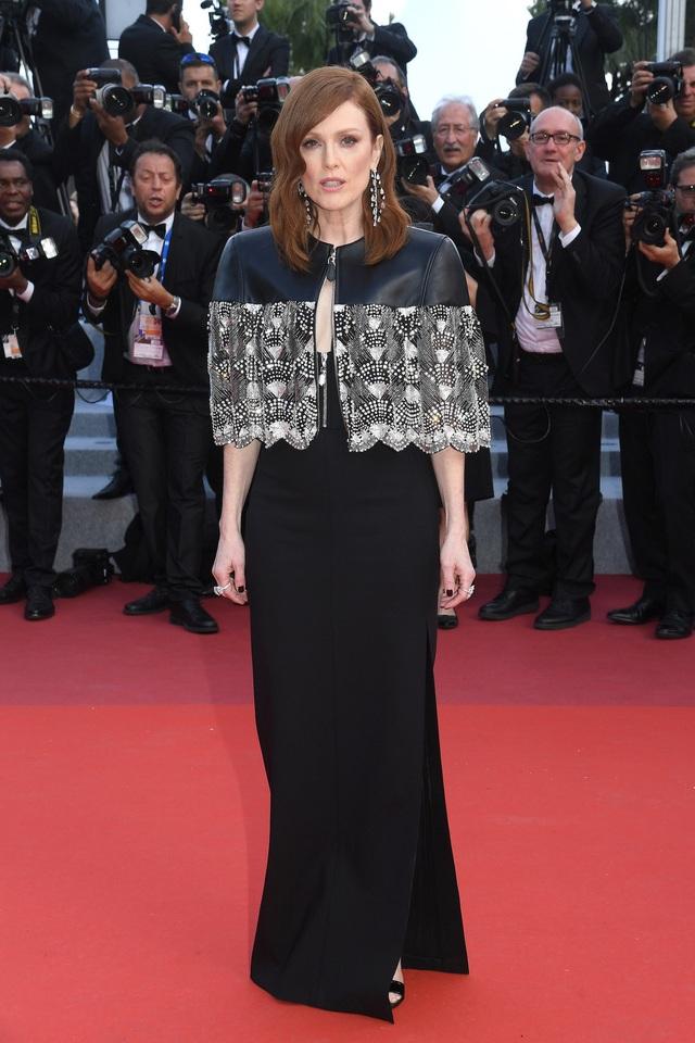 Những người đẹp thu hút mọi ánh nhìn trên thảm đỏ Cannes - 13