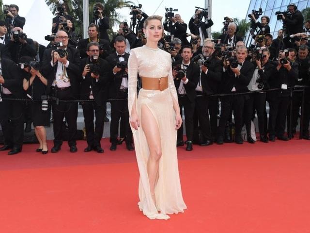 Những người đẹp thu hút mọi ánh nhìn trên thảm đỏ Cannes - 14