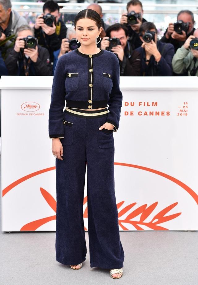 Những người đẹp thu hút mọi ánh nhìn trên thảm đỏ Cannes - 3