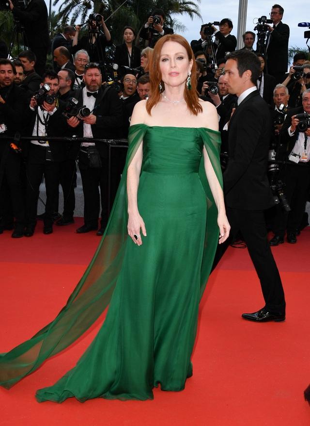 Những người đẹp thu hút mọi ánh nhìn trên thảm đỏ Cannes - 4