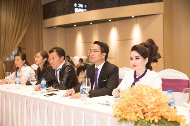 Đại hội Doanh nhân – Tái định nghĩa kinh doanh online cùng mỹ phẩm Huyền Cò - 4