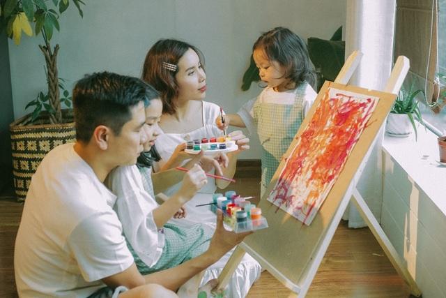 Lưu Hương Giang chia sẻ bí quyết giúp con phát huy tư duy sáng tạo - 1