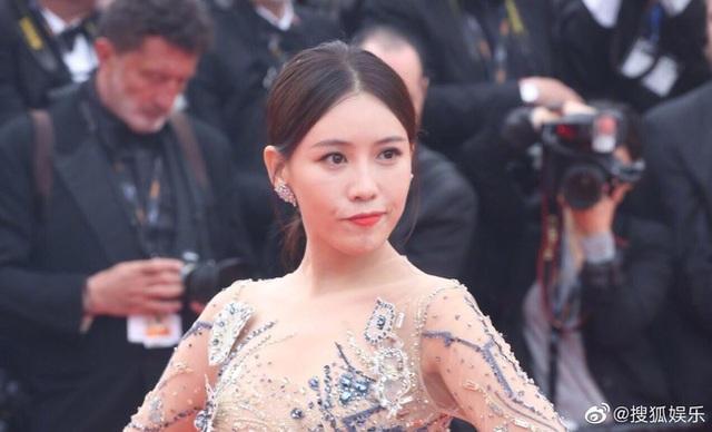 Hai nữ diễn viên Trung Quốc bị ban tổ chức LHP Cannes 2019 đuổi khéo khỏi thảm đỏ - 10