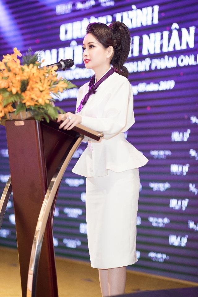 """Doanh nhân Huyền Cò: """"Từ phân tích đến làm mới thị trường mỹ phẩm Việt Nam bằng chính sách vàng"""" - 3"""