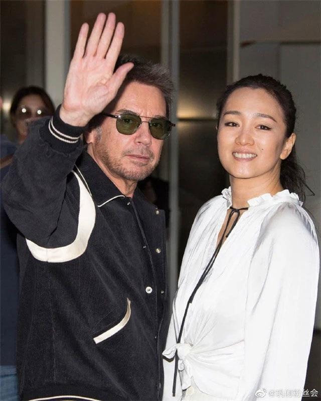 Củng Lợi tay trong tay với bạn trai 71 tuổi tại Cannes - 1