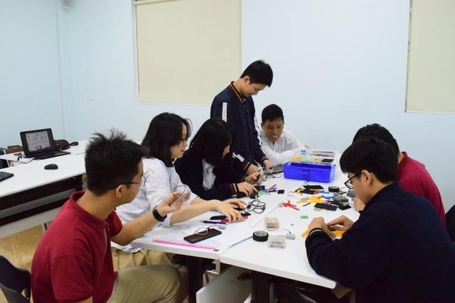 Trường THPT Khoa học giáo dục tuyển 400 chỉ tiêu năm 2019 - 1
