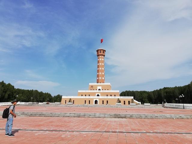 Chiêm ngưỡng cột cờ Hà Nội ở đất Mũi Cà Mau - 1