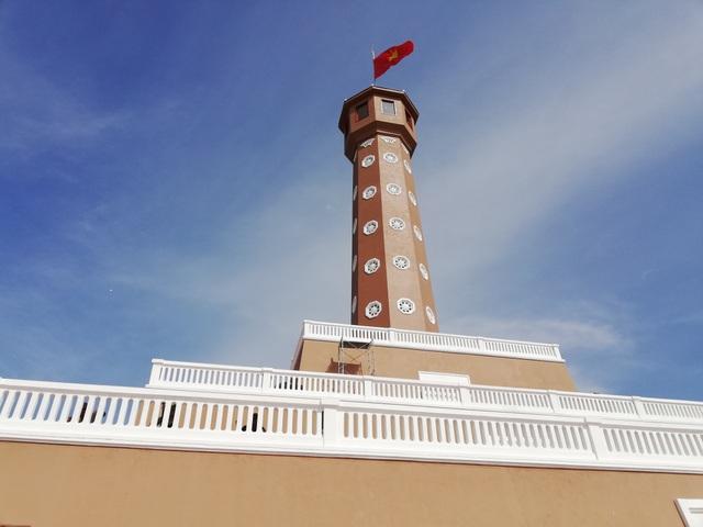 Chiêm ngưỡng cột cờ Hà Nội ở đất Mũi Cà Mau - 2