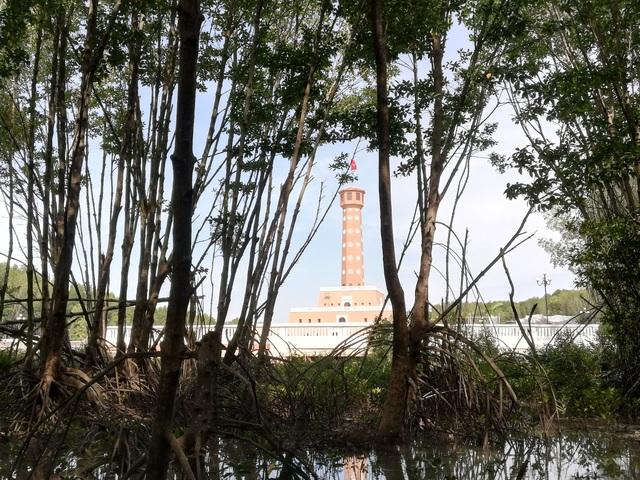 Chiêm ngưỡng cột cờ Hà Nội ở đất Mũi Cà Mau - 11