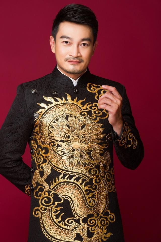 Nam chính Hương phù sa bao năm đi làm bằng xe ôm, dè sẻn từng đồng - 1