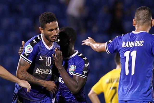Cầu thủ B.Bình Dương lại lập siêu phẩm tại AFC Cup - 1