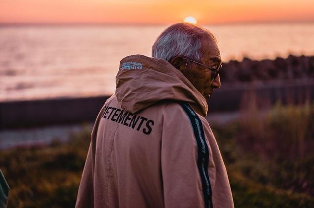 """Cụ ông 84 tuổi được mệnh danh """"ăn chơi"""" nhất Nhật Bản - 11"""